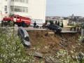 В Севастополе парковка с автомобилями рухнула в обрыв