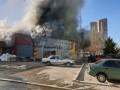 Пожар на складах в Киеве ликвидирован: Подробности
