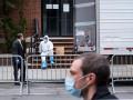 Угрозы заразить коронавирусом в США приравнивают к терроризму