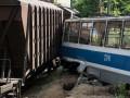 В Днепре столкнулись поезд и трамвай: есть погибший