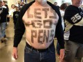 Американец выстриг на теле слова поддержки любимой команде NHL