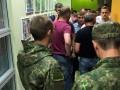 В Одессе силовики штурмовали офис сети магазинов Антошка