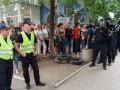 В Покровске люди протестуют под окружкомом: Комиссия не работает