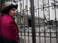 Турчинов распорядился демонтировать ограждение у администрации президента