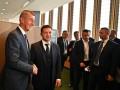 Премьер Чехии пригласил Зеленского в Прагу