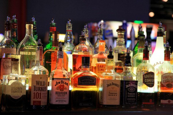 7 безумных алкогольных игр, о которых ты не слышал