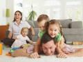 Приемные семьи получат 50% скидки на коммуналку