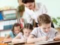 Обещания премьера: Гройсман рассказал, когда учителям повысят зарплаты