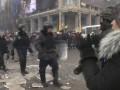 Покидавших Майдан силовиков митингующие провожали аплодисментами