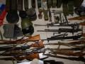 В Мелитополе СБУ задержала торговцев оружием с флагами РФ (видео)