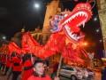 Танцы дракона и фейерверки: как встречали год Петуха в Китае