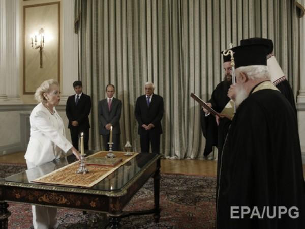 Руководство Греции впервый раз возглавила женщина