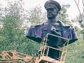 В Харькове неизвестные облили красной краской памятник Жукову