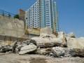 Минус одна преграда к пляжу: в Одессе снесли очередную стену