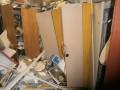В Киеве 30 мужчин разгромили офисное помещение
