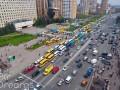 Протестующие перевозчики перекрыли дорогу в центр Киева