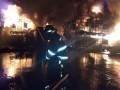 В Баку горит фабрика красок
