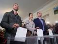По предварительным результатам, в мэрской гонке в Киеве побеждает Виталий Кличко