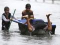 «Бог грома» напал на Филиппины: фото последствий мощного тайфуна