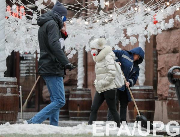 Зеленский расширил помощь безработным украинцам на время карантина
