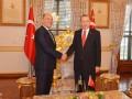 Парубий советует Эрдогану продолжать блокаду Крыма
