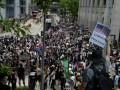 Протестующие в Гонконге просят Трампа о помощи