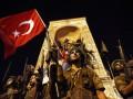 Военные, взрывы и танки: ключевые фото переворота в Турции