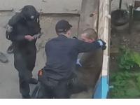 В Сумах осудили полицейскую, которая издевалась над пьяным мужчиной
