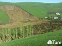 В Киргизстане сошел оползень: под завалом 24 человека