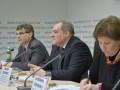 Украинские правозащитники опубликовали доклад о нарушениях прав человека в стране - Ъ