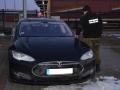 Польские пограничники задержали украинца за рулем угнанной Tesla