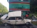 В Ивано-Франковской области поезд врезался в легковушку, погибли дети