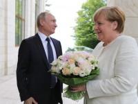 Путин дал Украине гарантии? СМИ о визите Меркель