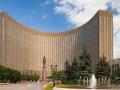 Подросток, приехавший в Москву на Кремлевскую елку, выпрыгнул из окна гостинцы