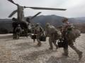 США в два раза сокращают контингент в Афганистане