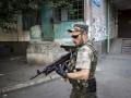 На Донбассе местные жители устроили самосуд над российским военным