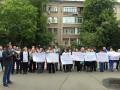 Под МВД проходит пикет из-за обысков в Коцюбинском поссовете