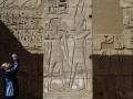 В Египте восстановили 13-метровую статую фараона