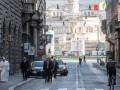 Папа Римский молился об окончании пандемии коронавируса на улицах Рима