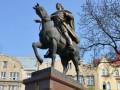 Янукович будет лично контролировать раскопки останков короля Даниила Галицкого