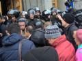 В Харькове митинг: горсовет оцепили силовики