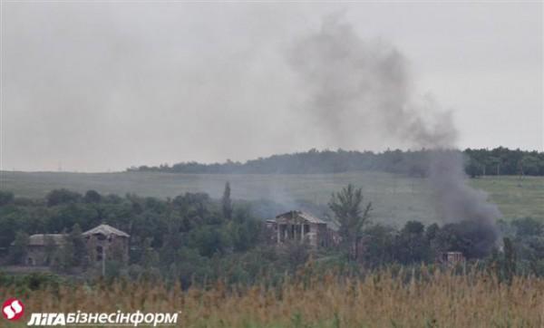 Артиллерия боевиков обстреляла Марьинку: ранен местный гражданин