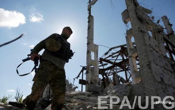 На Донбассе 17 обстрелов, один раненый