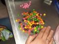 В Борисполе задержали наркокурьершу с экстази в сладостях