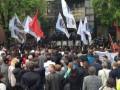 В захваченной Донецкой прокуратуре протестующие жгут документы - СМИ