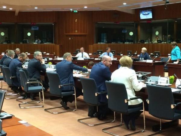 Лидеры еврозоны обсуждали'план спасения Греции всю ночь