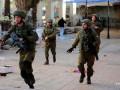 Палестинцы на машине напали на израильских военных