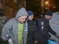 В Киеве спецназ задержал мужчину, который громил подъезд