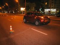В Киеве Nissan сбил женщину