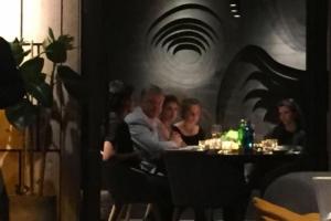 Порошенко заметили в дорогом ресторане Киева - СМИ